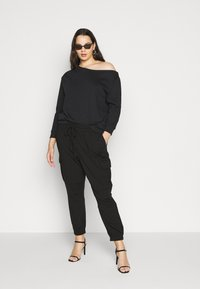 Even&Odd Curvy - Sweatshirt - black - 1