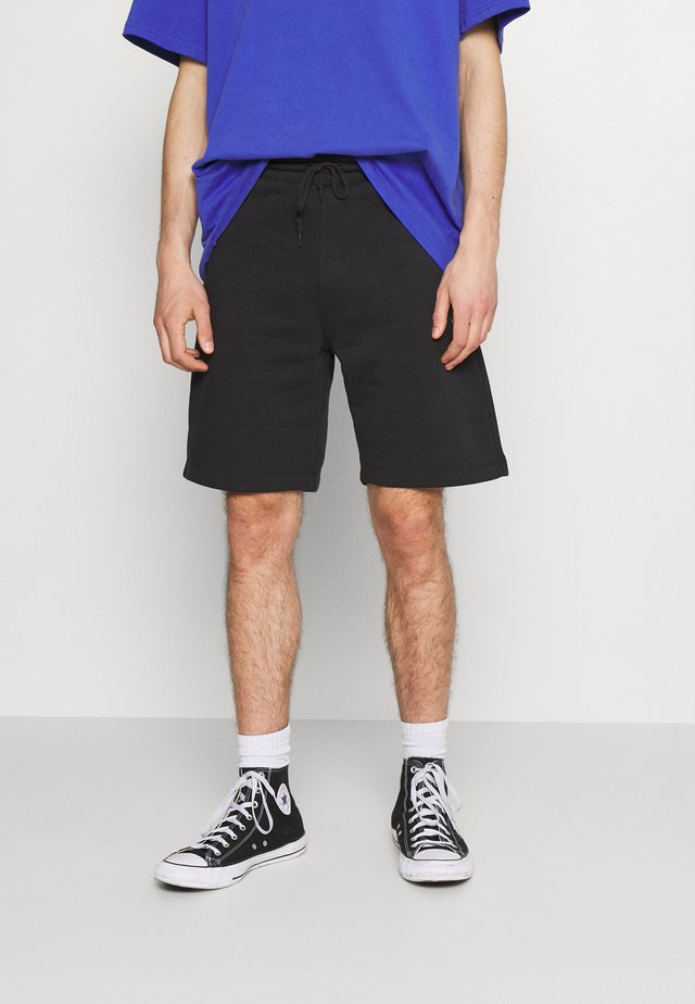 EMBROIDERED STAR CHEVRON - Shorts - converse black
