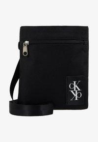 Calvin Klein Jeans - SPORT ESSENTIALS MICRO FLAT PACK - Skulderveske - black - 6