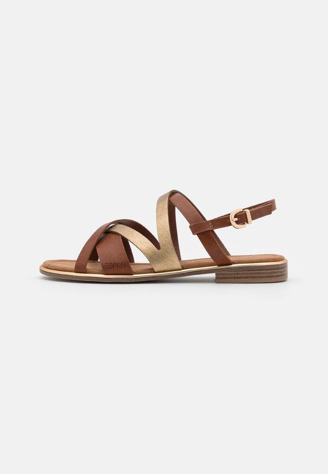 MOA  - Sandali - brown