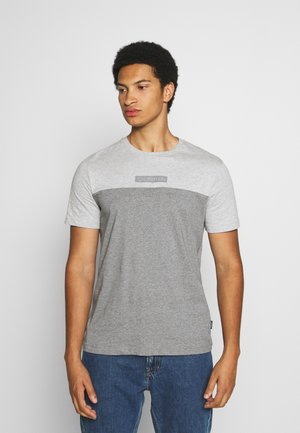 COLOR BLOCK - T-shirt z nadrukiem - grey