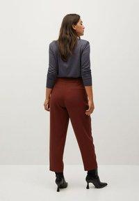 Violeta by Mango - MARTINI - Trousers - weinrot - 2