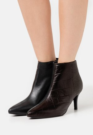 SLFHARPER - Ankle boots - black