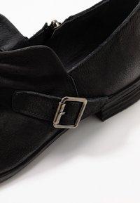 Felmini Wide Fit - DELTA - Slip-ons - pacific black - 2