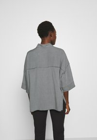 DRYKORN - THERRY - Chemisier - light grey - 2