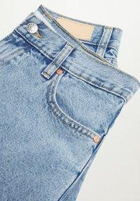 Mango - ANTONELA - Relaxed fit jeans - medium blue - 6