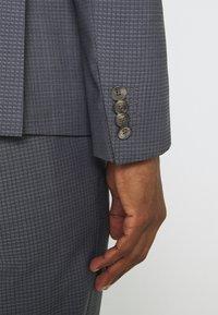 Tommy Hilfiger Tailored - FLEX SLIM FIT SUIT - Suit - grey - 11