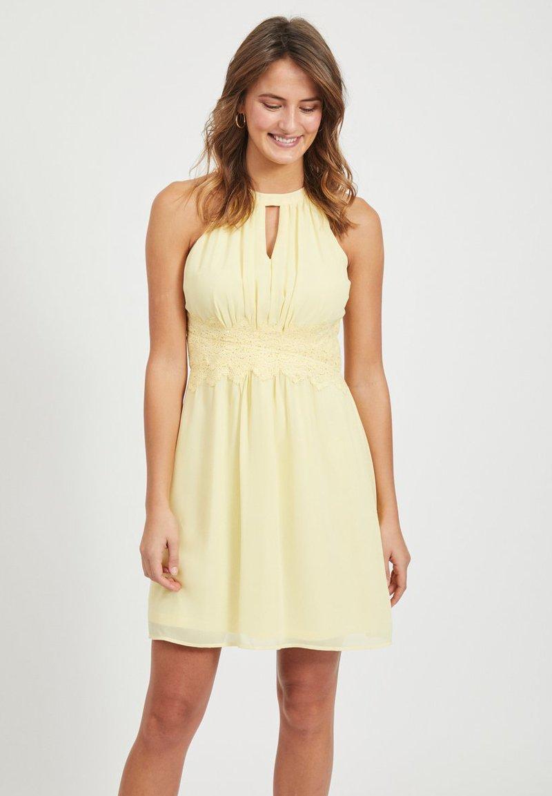 Vila - VIMILINA - Sukienka letnia - mellow yellow