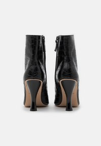 Kurt Geiger London - ROCCO BOOT - High heeled ankle boots - black - 3