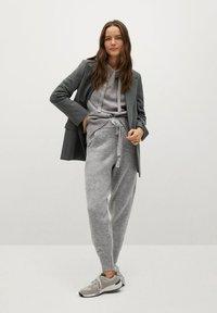 Mango - COSY-I - Teplákové kalhoty - gris medio vigoré - 1