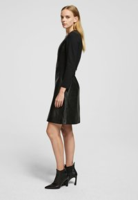 KARL LAGERFELD - Vestido informal - black - 3