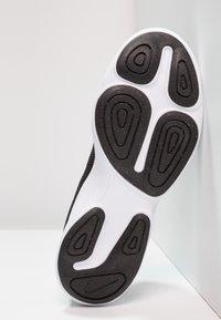 Nike Performance - REVOLUTION 4 - Neutrala löparskor - black/anthracite/white - 4