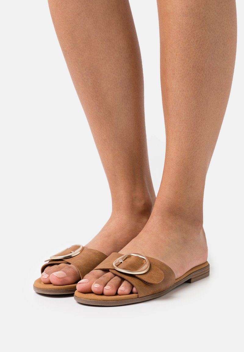 Esprit - NILLA SLIP ON - Sandaler - brown