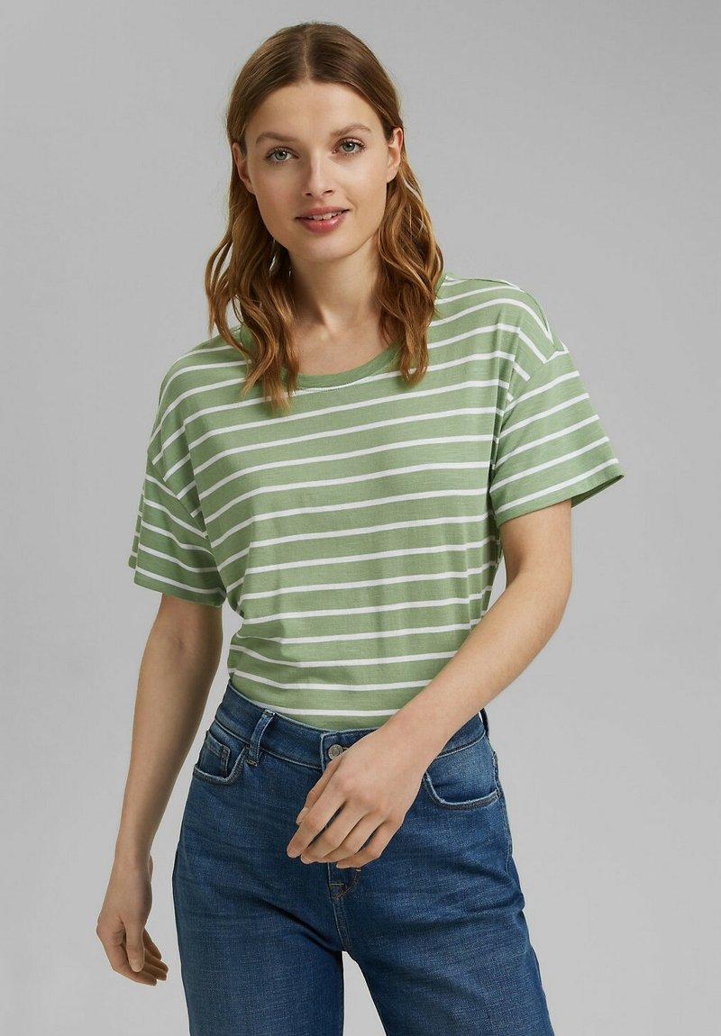 Esprit - Print T-shirt - leaf green