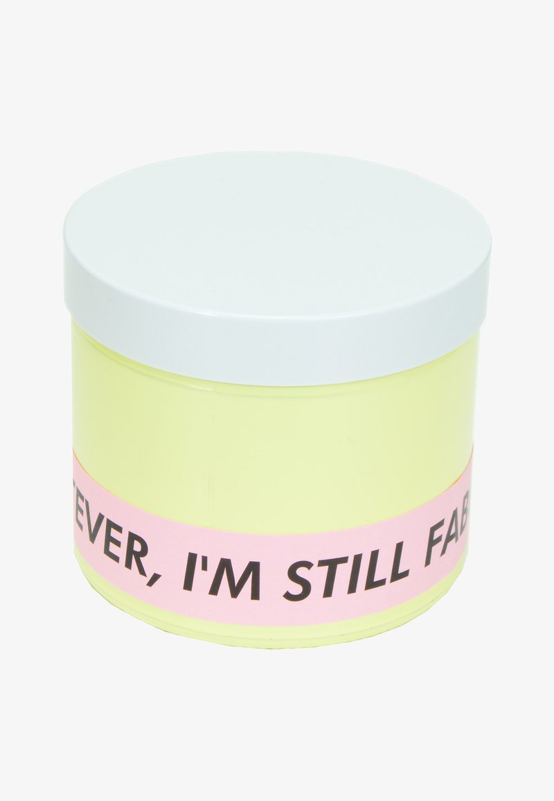 Flamingo Candles - CANDLE - Duftkerze - whatever i'm still fabulous - yellow peach prosecco