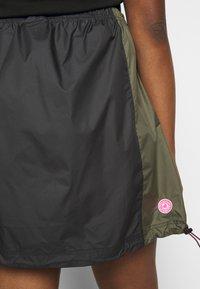 Nike Sportswear - SKIRT - A-line skirt - black/twilight marsh - 3