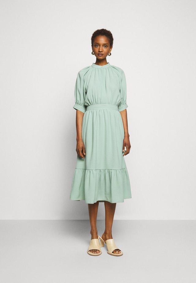 ELLA - Korte jurk - pure mint