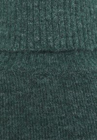CAPSULE by Simply Be - FINE JUMPER - Jumper - deep emerald - 2