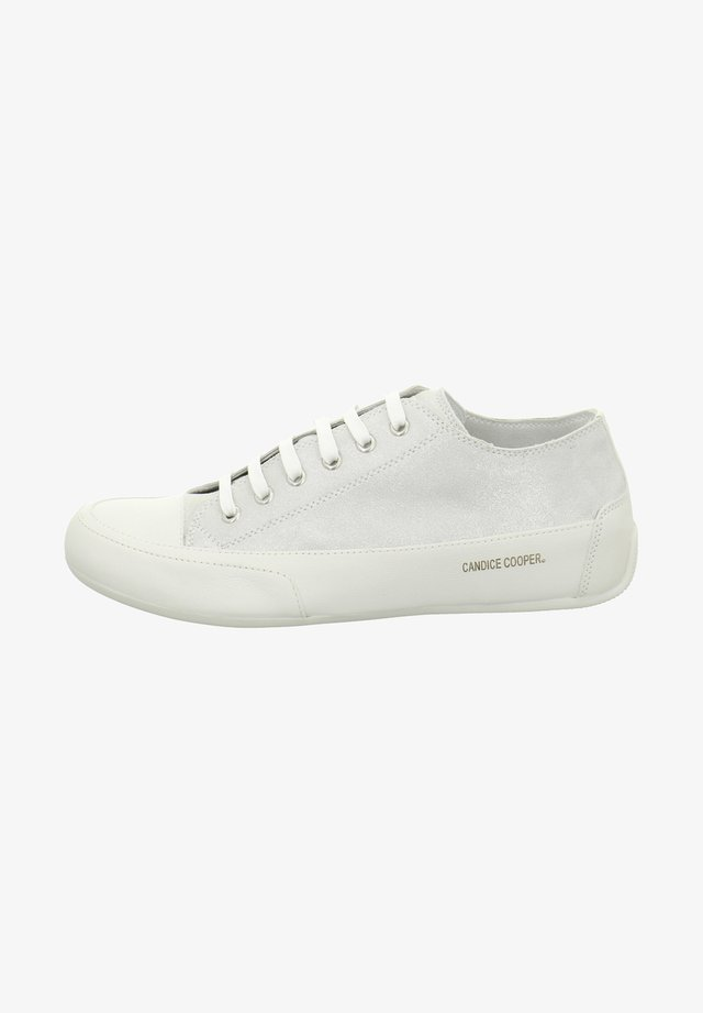 Casual lace-ups - polvere