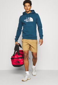 The North Face - BASE CAMP DUFFEL S UNISEX - Sports bag - red - 0