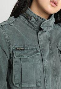 Superdry - KIONA ROOKIE POCKET JACKET - Summer jacket - green - 4