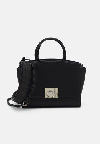 TOTE ZIP STRAP - Handbag - black
