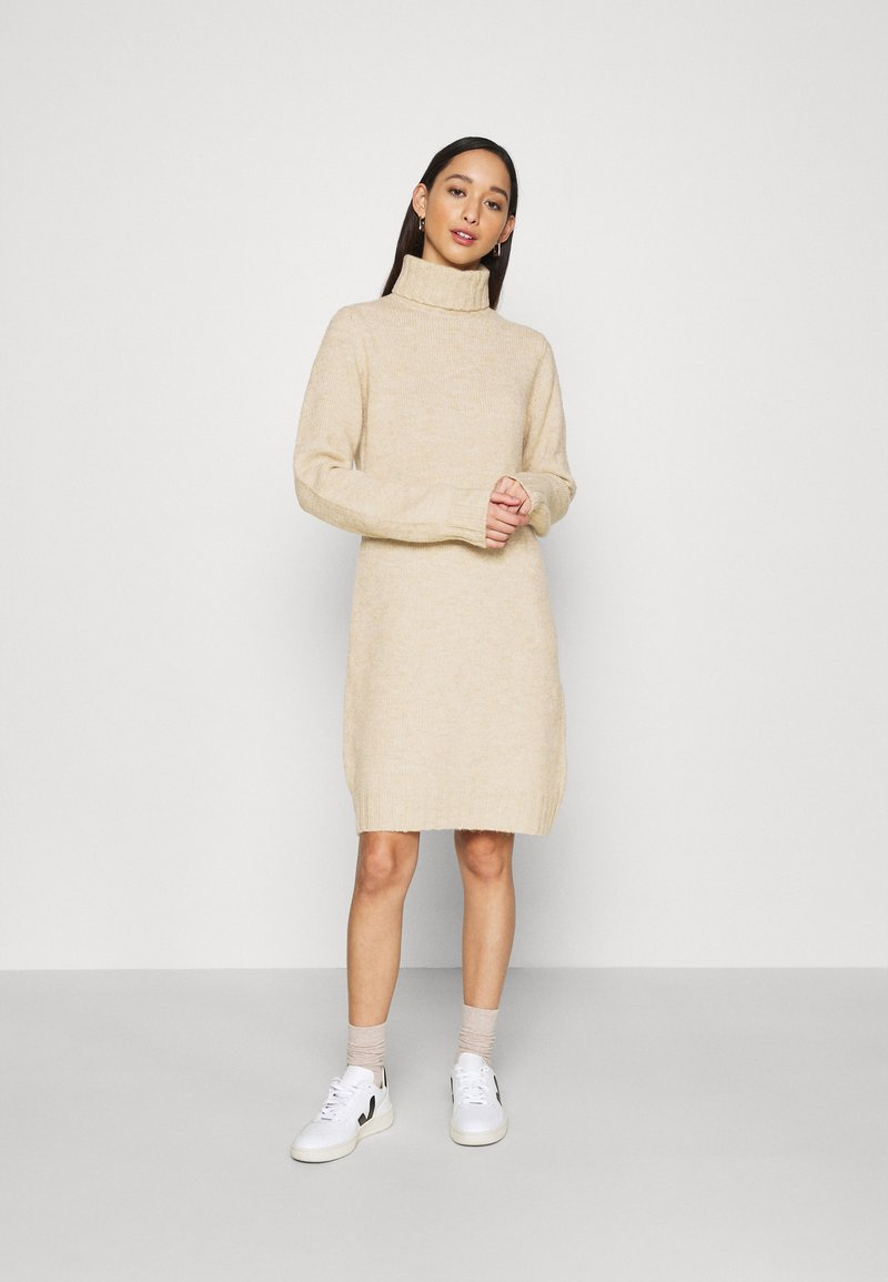 Even&Odd - Strikket kjole - camel