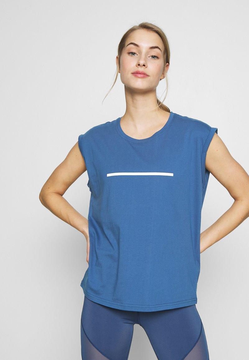 Even&Odd active - Print T-shirt - dark blue