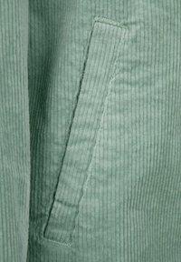 Dress In - Short coat - salbeigrün - 6