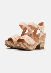 Felmini - MESHA - Korolliset sandaalit - tamponada tapioca - 2
