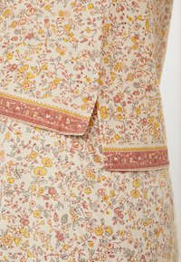 Madewell - CREW NECK BUTTON BACK - Blouse - golden meadow - 5