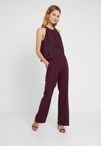 s.Oliver BLACK LABEL - OVERALL - Jumpsuit - soul cherry - 0