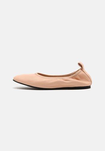 PURE BALLET - Ballet pumps - light pink lea