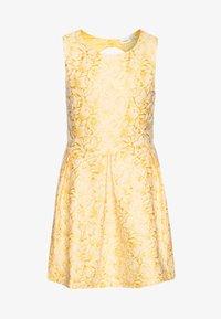 Name it - NKFFARYLE SPENCER - Cocktailkleid/festliches Kleid - aspen gold - 0