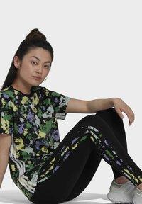 adidas Originals - Leggings - Trousers - black - 4
