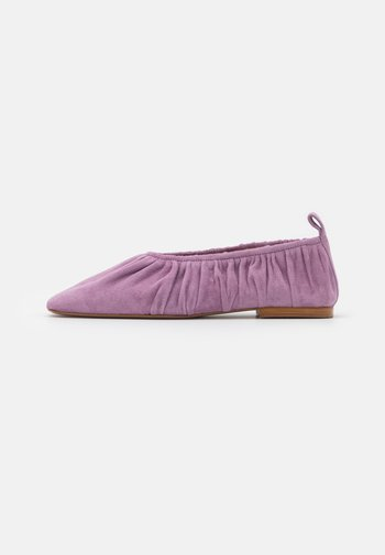 BALLERINA - Slip-ons - lilac