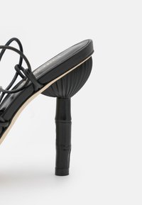Cult Gaia - SOLEIL  - Sandals - black - 6