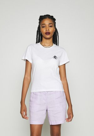CARE T-SHIRT - T-shirt print - white