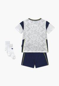 Nike Performance - TOTTENHAM HOTSPURS SET - Sportovní kraťasy - white/binary blue - 1