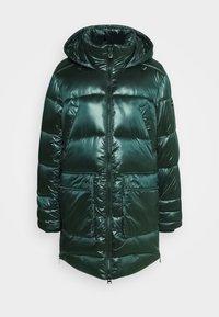 Płaszcz zimowy - greenery