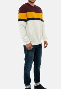 Fred Perry - Collegepaita - rouge - 1