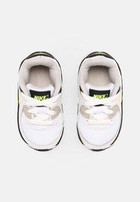 Nike Sportswear - AIR MAX 90 UNISEX - Trainers - white/hot lime/black/neutral grey - 3
