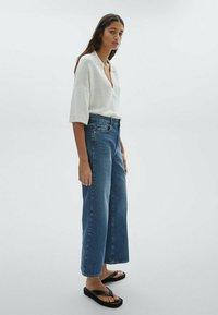 Massimo Dutti - Flared Jeans - dark blue - 1