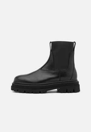 CHELSEA BOOT - Nilkkurit - black