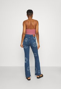 BDG Urban Outfitters - NOVELTY - Flared Jeans - mid vintage - 2