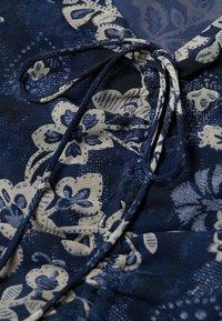 Mango - GEBLÜMTES - Day dress - blau - 5