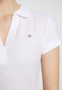 Calvin Klein - ESSENTIAL - Polo shirt - calvin white - 3