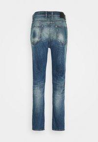 Diesel - D-VIDER - Slim fit jeans - 01 - 1