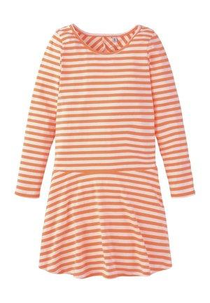 TOM TAILOR KLEIDER & JUMPSUITS GESTREIFTES KLEID - Jersey dress - orange