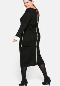 Sheego - Pencil skirt - schwarz - 3